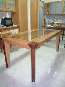 Falegnameria_curcio_Paquale_Gaeta_Latina_realizzazione_tavoli_e_boiserie_in_legno_su_misura_